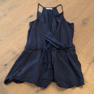 Bella Dahl Shorts - Bella Dahl romper with pockets